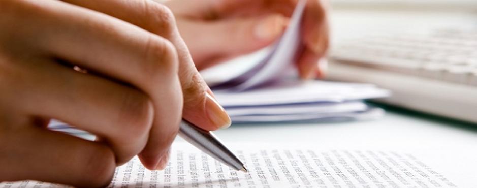 Tradução juramentada, versão, tradução de documentos técnicos, tradução de petições, procurações, licitações, patentes, certidões, laudos técnicos, diplomas e qualquer documento que seja necessário traduções ou versões juramentadas.
